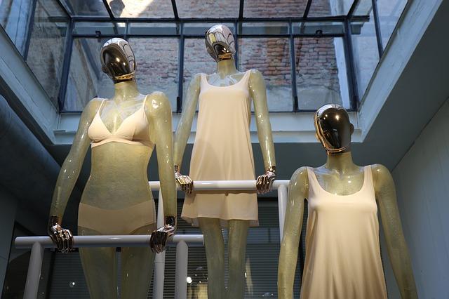 agosto fashion retail